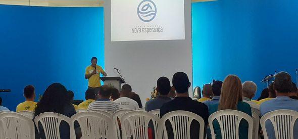 Bruno preaching in a church in Maceió